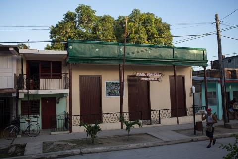 Tumba Francesa House - Guantanamo (Christian Pirkl)